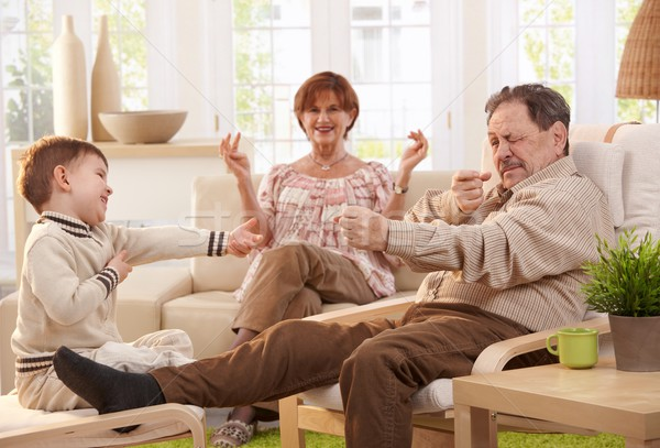 Photo stock: Grand-père · histoire · petit-fils · heureux · grand-mère · regarder