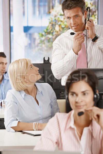 Zdjęcia stock: Kierownik · obsługa · klienta · kobieta · człowiek · pracy · pokój