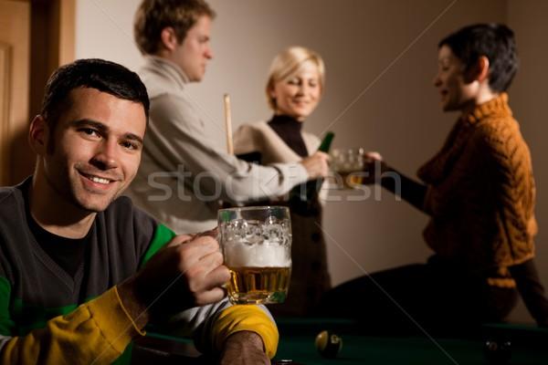 Portré férfi iszik sör snooker mosolyog Stock fotó © nyul
