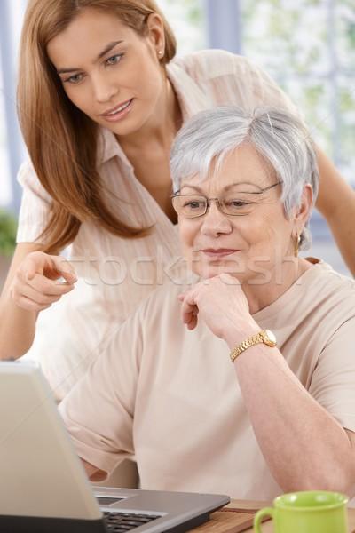 Stockfoto: Senior · vrouw · dochter · moeder · internet · jonge