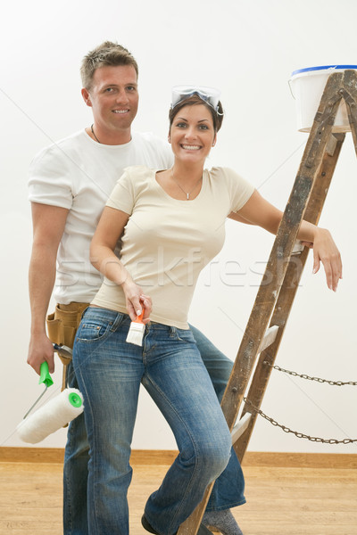 Stockfoto: Home · improvement · jonge · poseren · ladder · verf