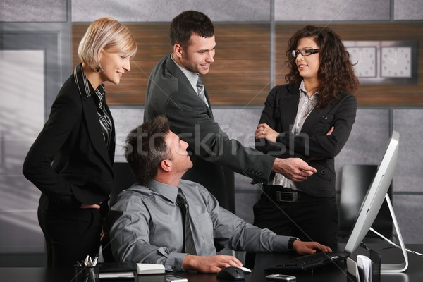 Stock fotó: Iroda · élet · üzletember · ül · irodai · asztal · felfelé · néz