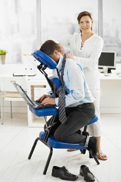 Сток-фото: массажист · рабочих · служба · назад · массаж · глядя