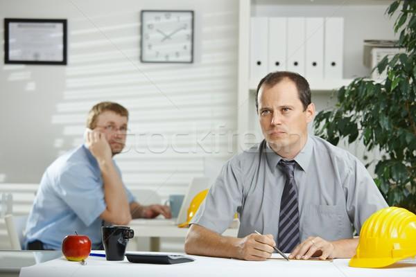 Сток-фото: инженер · рабочих · служба · планирования · план · столе