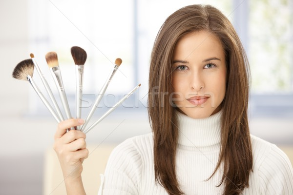 Nő sminkecset gyűjtemény portré gyönyörű nő mosoly Stock fotó © nyul