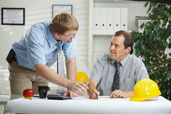 Zdjęcia stock: Mówić · biuro · pracy · planowania · plan · biurko