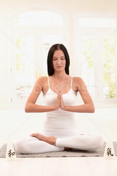 Сток-фото: женщину · белый · йога · осуществлять