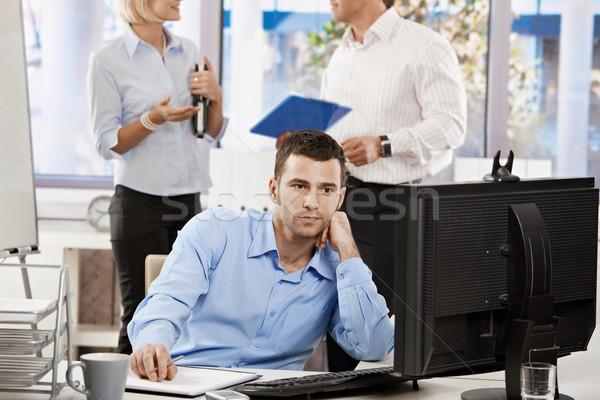 Stockfoto: Zakenman · werken · computer · jonge · kantoor