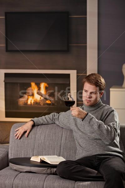 Foto stock: Joven · casa · sesión · sofá · frío · invierno