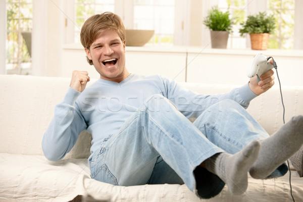 Lachend vent computerspel gelukkig spelen Stockfoto © nyul