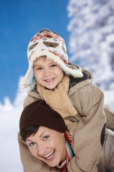 Stockfoto: Moeder · kind · winter · portret · gelukkig · samen