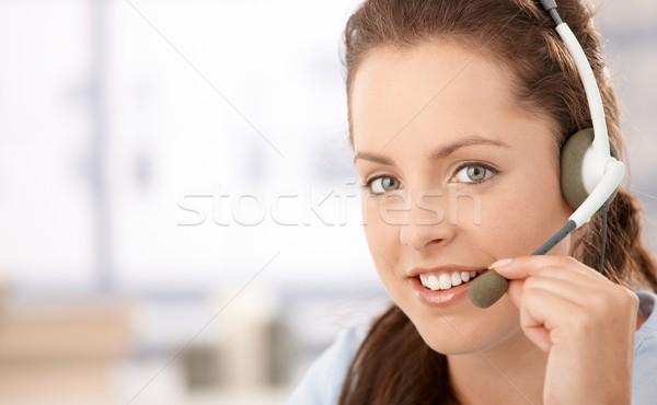 Сток-фото: портрет · довольно · наушники · говорить · улыбаясь · лице