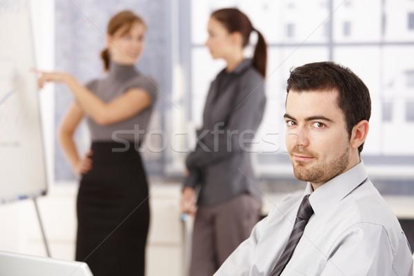 Stock fotó: Fiatalok · dolgozik · iroda · fényes · férfi · mosolyog