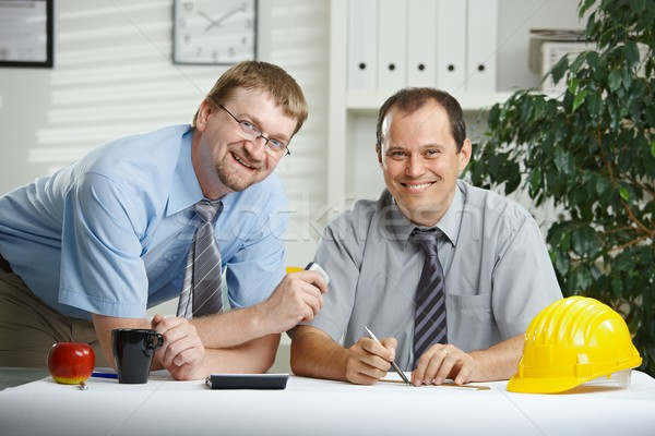 говорить служба рабочих планирования столе глядя Сток-фото © nyul