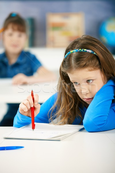 Studentesse iscritto elementare età focus ragazza Foto d'archivio © nyul