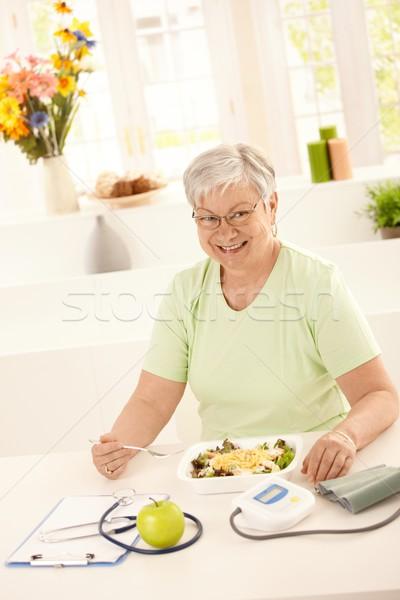 健康 食べ サラダ 幸せ 健康的な食事 ストックフォト © nyul