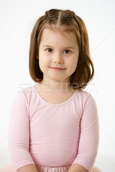 Foto stock: Retrato · sorridente · little · girl · rosa · vestir · branco