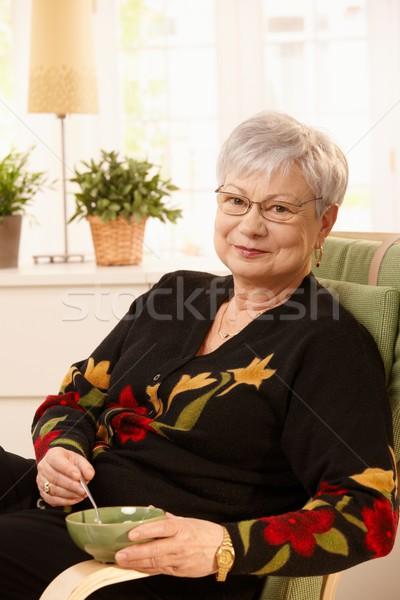 Nice pensionato signora home tè luminoso Foto d'archivio © nyul