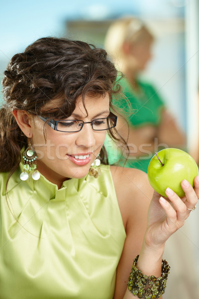 Foto stock: Mujer · de · negocios · manzana · jóvenes · sesión