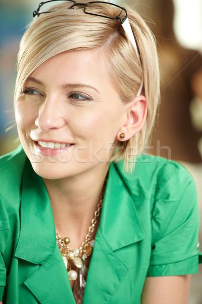 Foto stock: Jóvenes · mujer · de · negocios · primer · plano · retrato · atractivo