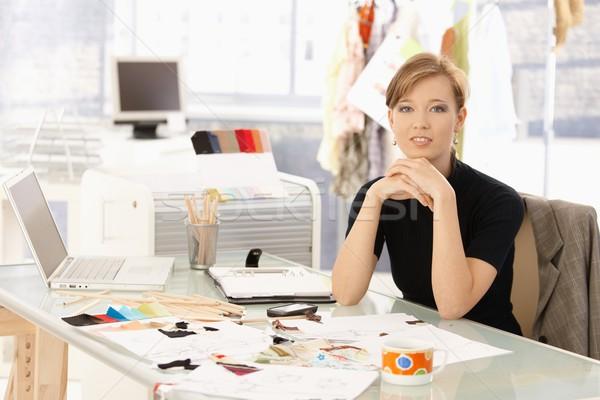 Portre çekici moda tasarımcı çekici kadın oturma Stok fotoğraf © nyul