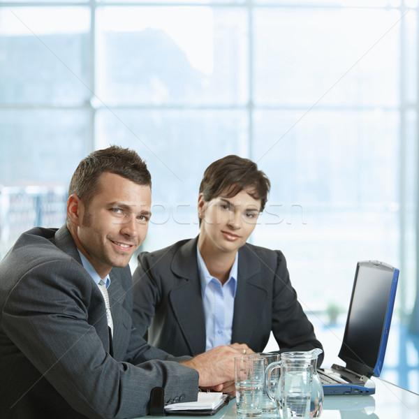 Photo stock: Réunion · d'affaires · affaires · femme · d'affaires · séance · bureau · bureau