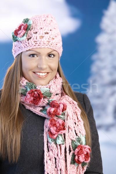 Stockfoto: Mooie · meisje · omhoog · warm · glimlachend · jong · meisje