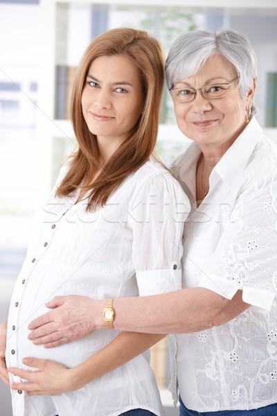 Foto stock: Mujer · embarazada · madre · sonriendo · atractivo · altos