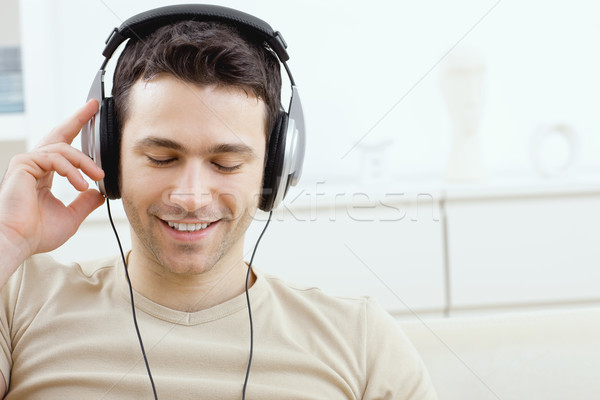 Headphones Stock Photos Stock Images And Vectors Stockfresh
