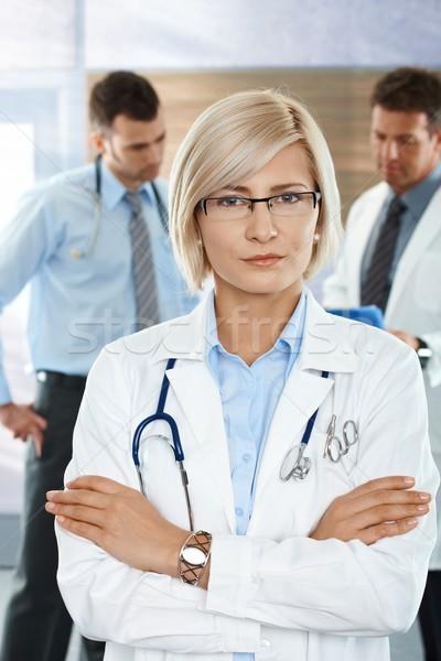 Stok fotoğraf: Doktorlar · hastane · koridor · tıbbi · takım · kadın