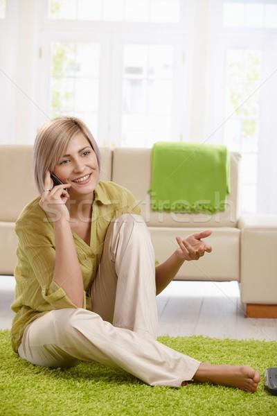 Stockfoto: Vrouw · praten · cel · home · vrolijk