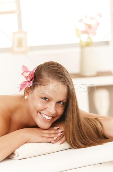 Foto stock: Mulher · atraente · dia · estância · termal · atraente · mulher · jovem · massagem