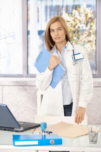 привлекательный медик Постоянный служба молодые Сток-фото © nyul