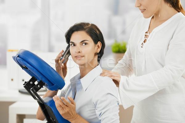 Photo stock: Femme · d'affaires · massage · parler · mobiles · cou · bureau