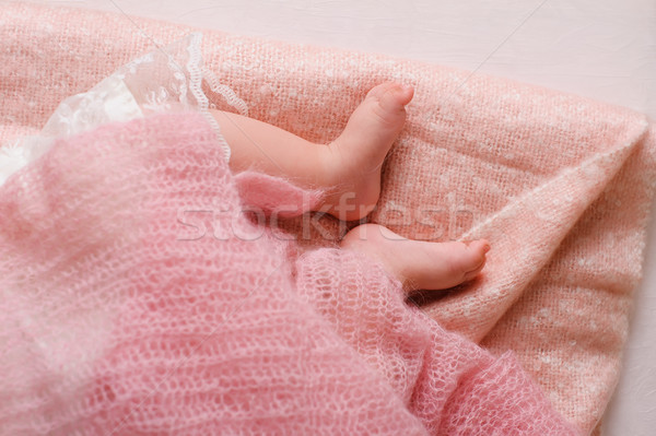 Zdjęcia stock: Baby · stóp · snem · różowy · arkusza