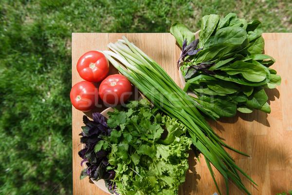 здоровое питание свежие овощи таблице деревянный стол трава фон Сток-фото © O_Lypa