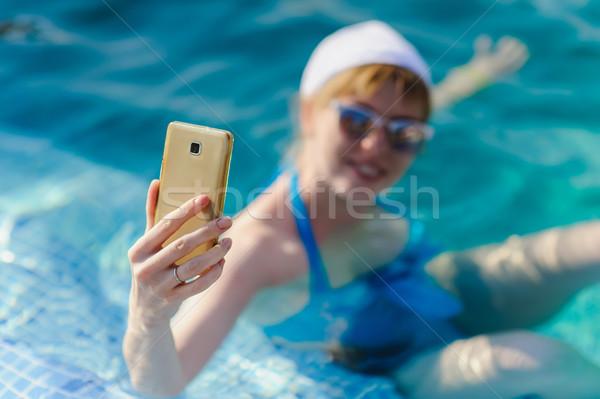 Stock fotó: Lány · telefon · nő · úszómedence · tengerpart · víz