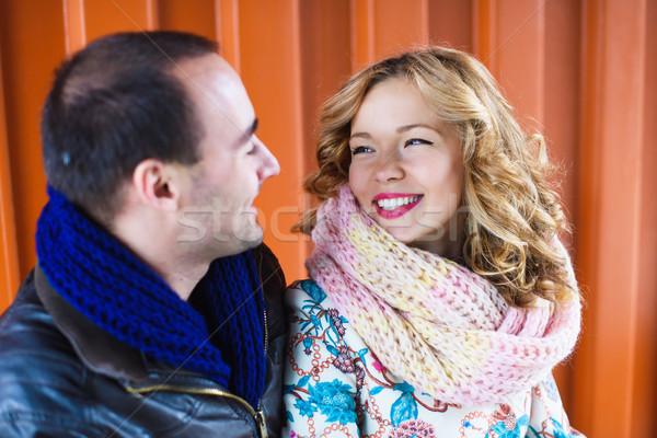Gelukkig paar glimlachend ander oranje vrouw Stockfoto © O_Lypa