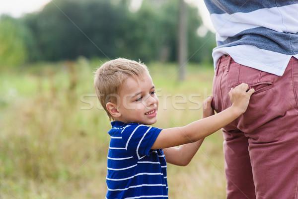 ребенка играет отец папа активный играх Сток-фото © O_Lypa