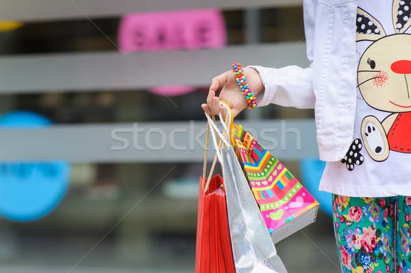 Little girl sacos braço pulseira Foto stock © O_Lypa