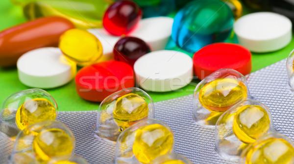 カラフル 錠剤 クローズアップ 写真 緑 孤立した ストックフォト © Obencem