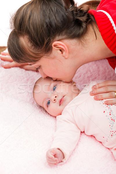 Aanbiddelijk baby portret familie meisje kinderen Stockfoto © Obencem