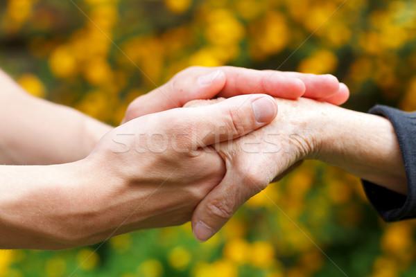 Aider médecins main âgées Photo stock © ocskaymark