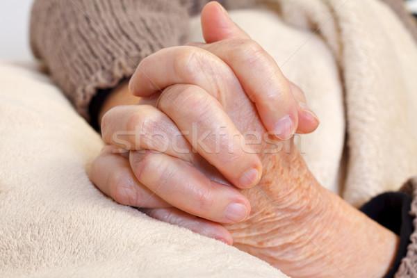Atendimento domiciliar idoso mão médico pele Foto stock © ocskaymark