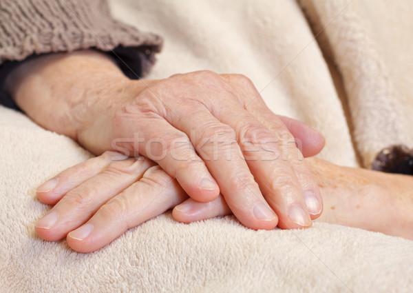 Cuidados en el hogar tomados de las manos mano médico Foto stock © ocskaymark