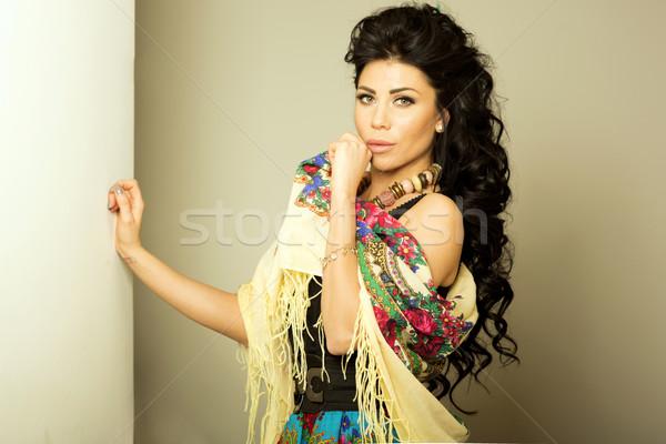 Portrait séduisant brunette beauté sensuelle belle Photo stock © oleanderstudio