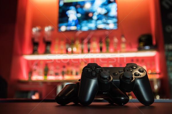 Jeux vidéo bar contre amusement noir blanche Photo stock © olira