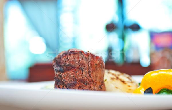 Carne de vacuno carne vegetales a la parrilla alimentos fondo Foto stock © olira