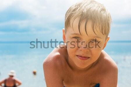ребенка мальчика пляж небе воды семьи Сток-фото © olira