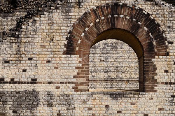 Janela pormenor romano teatro velho Foto stock © oliverfoerstner